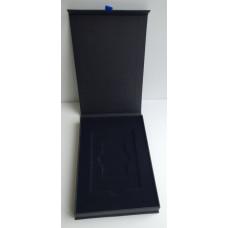 Коробка подарочная для пластиковой карты с магнитным клапаном