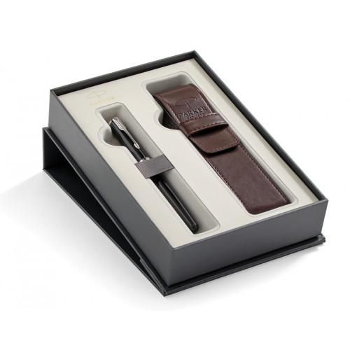 Подарочный набор Parker: Перьевая ручка Parker Sonnet Black Lacquer CT + чехол из экокожи