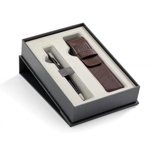 Подарочный набор Parker: Шариковая ручка Parker Sonnet Black Lacquer CT + чехол из экокожи