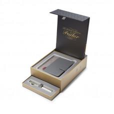 Подарочный набор Parker: Ручка перьевая PREMIUM Sonnet Metal & Pearl CT с блокнотом и органайзером