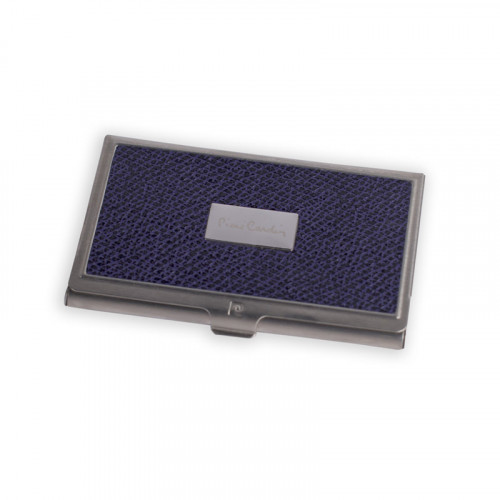 Визитница Pierre Cardin. Корпус - металл, иск.кожа. Размер 9,3 х 6,0 х 0,8 см. Цвет - фиолетовый.